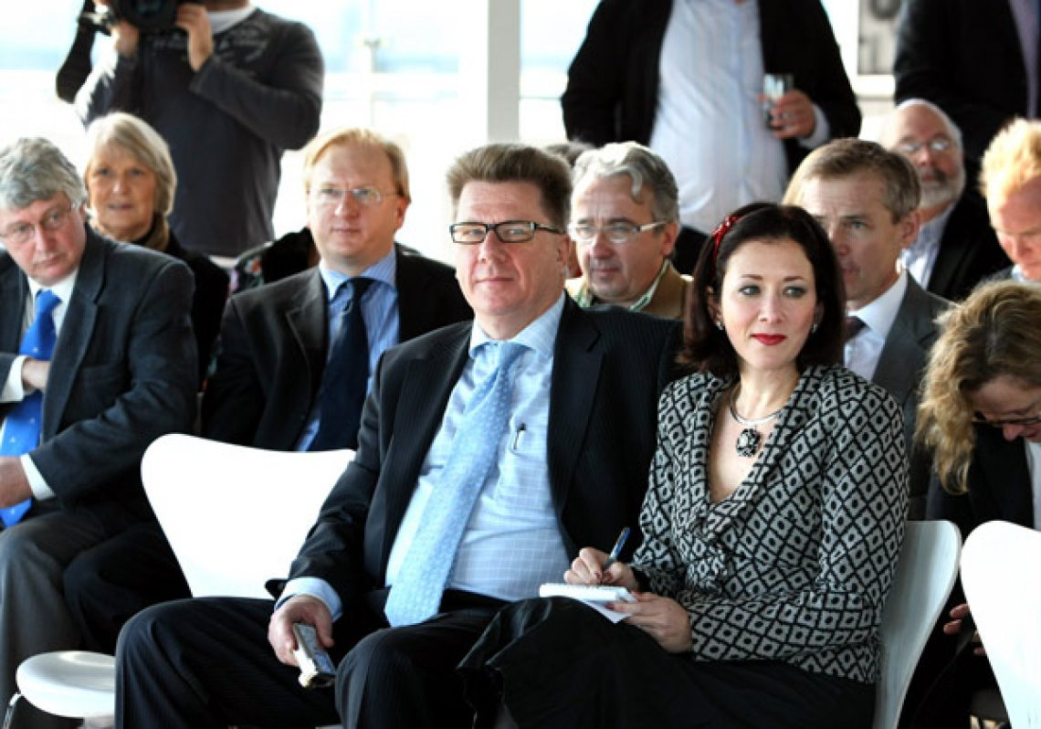 Chris Mitchell and Christine Jackman at the launch of Jackman's 'Inside Kevin 07', Walsh Bay, June 2008. Seated behind them (left to right) are the Australian's Dennis Shanahan, Paul Whittaker, Glenn Milne, and Nick Cater. © Alan Pryke/Newspix