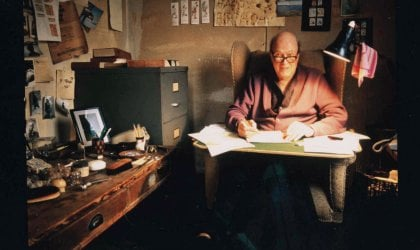 Image of Roald Dahl in his writing hut