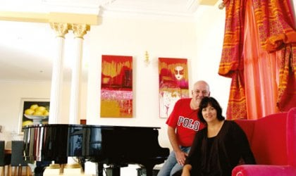 Emmanuel and Julie Cassimatis at one of the two Queensland mansions they owned in 2008, Brisbane. © Mark Cranitch / Newspix / News Limited