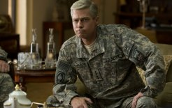 Netflix goes to war. Brad Pitt as General Glen McMahon in Netflix's War Machine