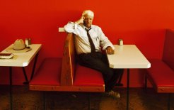 Bob Katter in a Mareeba cafe. © Nic Walker / Fairfax Syndication