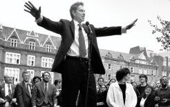Tony Blair campaigning his way to a landslide victory for Labour, April 1997. © Tom Stoddart / Getty Images