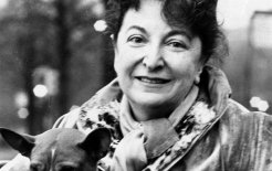 Pauline Kael: a life of film © Associated Press
