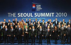 World leaders at the 2010 G-20 Seoul summit, 11 November 2010. © Presidencia de la Nacion Argentina