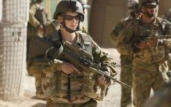 Army medic Jacqui de Gelder ready to heal or harm as necessary, Afghanistan, September 2009. © Gary Ramage / Newspix