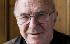 Clive James, 2006. © David Levenson/Getty Images