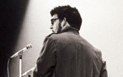 Rolf Harris performing 'Jake the Peg' in 1966.© Bill Orchard / Rex Features