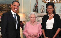 President Obama and the First Lady trade smiles with Her Majesty, April 2009. © Anwar Hussein / Getty Images